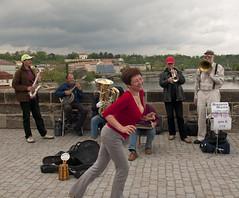 Dancing to the Bridge Band (Mark Lovatt) Tags: music nikon dancing prague praha charlesbridge bohemia d300 1755f28g bridgeband rivervitava