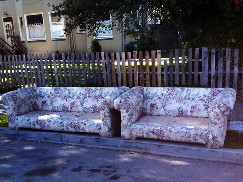 sofa free fence friday style