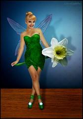 - Tinkerbell (Juliana Coutinho) Tags: fairytale sony tinkerbell peterpan disney days peter fairy believe sininho pan 365 juliana fairies tale 2010 coutinho 365days ngmmemuda julianacoutinho idobelieveinfairies