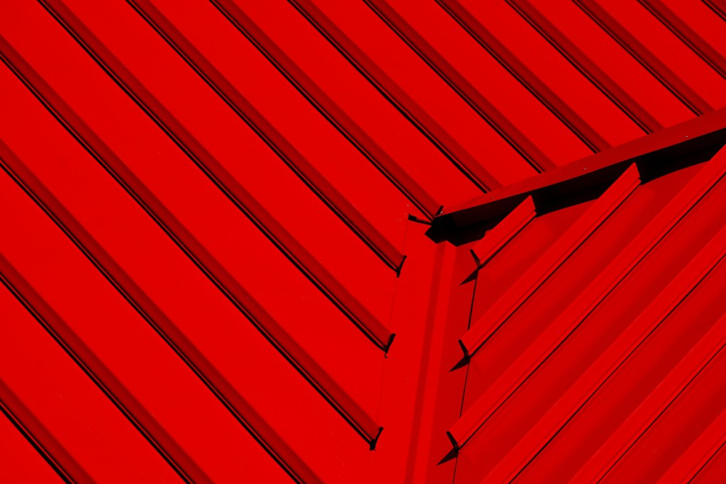 An extremely red roof.