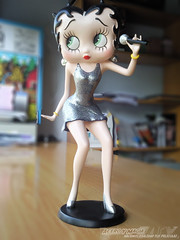 Betty Boop Cantante (Acero y Magia) Tags: resina bettyboop figura