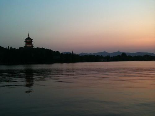 Coucher de soleil sur le lac de Hangzhou