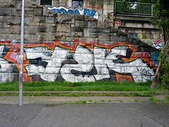 Graffiti in Wien/Vienna 2010 (kami68k -all over-) Tags: vienna wien graffiti chrome illegal bombing y2k 2010