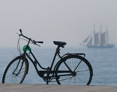 Barcelona: bikes in the beach (rabataller) Tags: city beach water bike bicycle nikon barco ship bicicleta playa catalonia barceloneta bici catalunya mediterrneo mediterraneansea rabataller nikond300s