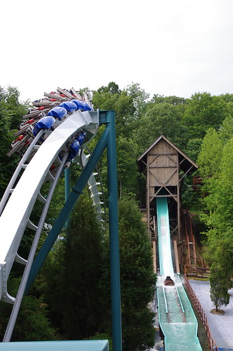 Alpengeist Zero-G and Le Scoot Flume