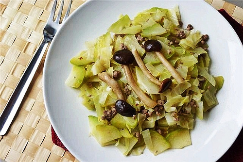 Teczcape - An Escape To Food: Chayote Cabbage with  Willow Mushrooms