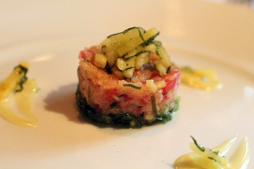 pineapple salmon tartare