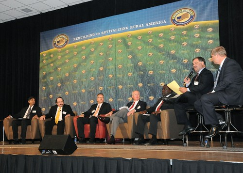 A Dialogue on Rural America was the first discussion panel held at the National Rural Summit. (Panelists L to R Chief Technology Officer and Assistant to the President Aneesh Chopra, President of Show Me Energy Steve Flick, President of National Corn Growers Association Darrin Ihnen, Past President of National Association of Conservation Districts John Redding, Mayor of Philadelphia, Mississippi James Young, Agriculture Broadcaster at WGN radio Max Armstrong, and Agriculture Secretary Tom Vilsack). June 3, 2010. (by Alice Welch)