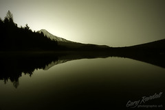 Last Light (Gary Randall) Tags: bw mountain lake monochrome night oregon mthood mounthood sunet trilliumlake garyrandall pamounthood dsc53192