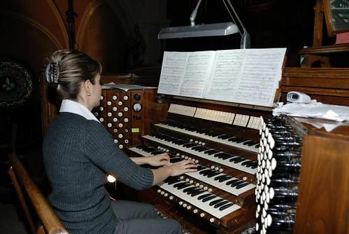 Grand-messe de Gilles Vigneault: sacré, mais sans cérémonie - Orgue de tribune / Gallery organ -  Église St-Roch - (Québec)