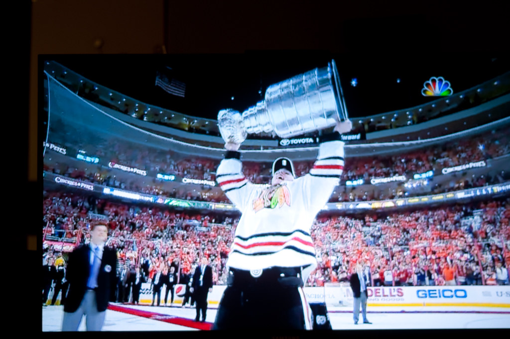 Jonathan Toews Holds the Stanley Cup.
