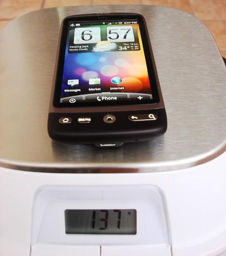 HTC Desire - 137g