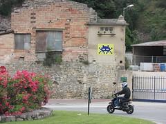 CAZ_07 : Invasion Côte d'Azur (tofz4u) Tags: flowers streetart france fleurs tile cotedazur mosaic helmet spaceinvader spaceinvaders scooter stop invader provence 06 mosaïque casque rondpoint frenchriviera artderue alpesmaritimes caz07