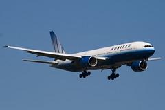 N780UA - 26944 - United Airlines - Boeing 777-222 - 100617 - Heathrow - Steven Gray - IMG_3898
