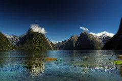 Milford Sound (11.000+ views!) (msdstefan) Tags: newzealand neuseeland milford sound fjordland nationalpark southisland fjord vacation urlaub trip travel sun sonne soleil sol sky rtw plage pictures pics panorama ozean nikond50 nicest landschaftsbild landschaft landscape kste island isla insel holiday himmel coast best water reflection reflexion clouds snow platinumheartaward bestcapturesaoi kartpostal 100commentgroup mygearandmepremium oltusfotos mygearandmesilver mygearandmebronze mygearandmegold mygearandmeplatinum mygearandmediamond