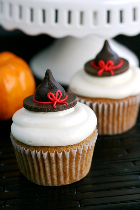 Easy and Creative Halloween Cupcakes