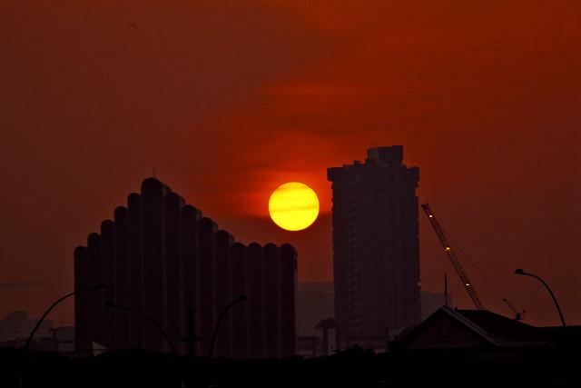 """""""Egg York"""" Sunset in the City 12"""