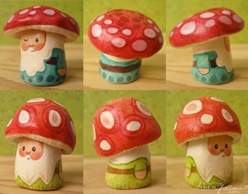Big NŌM mushroom heads