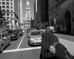 Broad Street, 2017 (Alan Barr) Tags: philadelphia 2017 borad street cityhall streetphotography streetphoto sp blackandwhite bw blackwhite mono monochrome city urban candid people fujifilm fuji x70