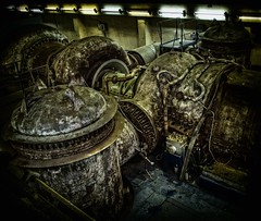 Kris Kringles Gift Machine! Part 2 (Batram) Tags: abandoned industry decay machine gas urbanexploration gift kris powerplant kraftwerk industrie powerstation turbine hdr urbex braunkohle browncoal lostplace kringles batram vockerode vebkraftwerkeelbe veburbexthuringia weihnachtsmanngeschenkmaschine