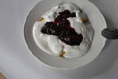 DSC_0957 (textural) Tags: fruit breakfast yoghurt jam owoce jogurt niadanie konfitura