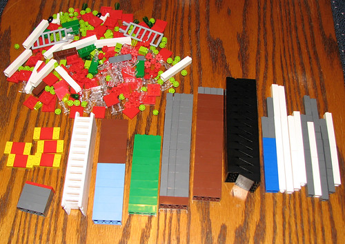 packing pick a brick cups pab at the lego store mostly bricks. Black Bedroom Furniture Sets. Home Design Ideas