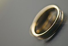 BRB (knowsnotmuch) Tags: wedding gold dof bokeh band rings whatever platinum t1 105vr
