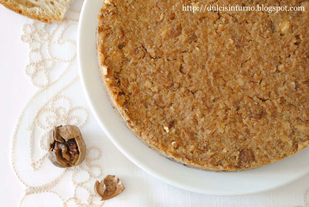 Torta di Pane e Noci-Bread and Walnut Cake