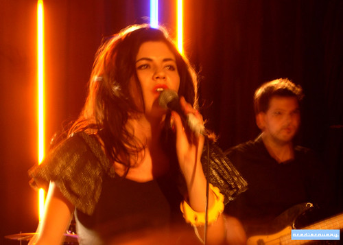 Marina & the Diamonds live