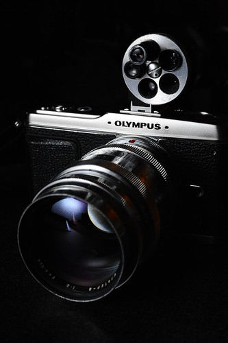 OLYMPUS PEN E-P1 with KMZ Jupiter-9 85mm F2