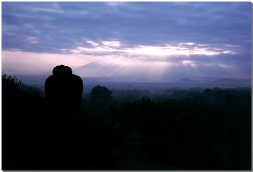 """Borobudur [4] • <a style=""""font-size:0.8em;"""" href=""""http://www.flickr.com/photos/49106436@N00/4329674957/"""" target=""""_blank"""">View on Flickr</a>"""