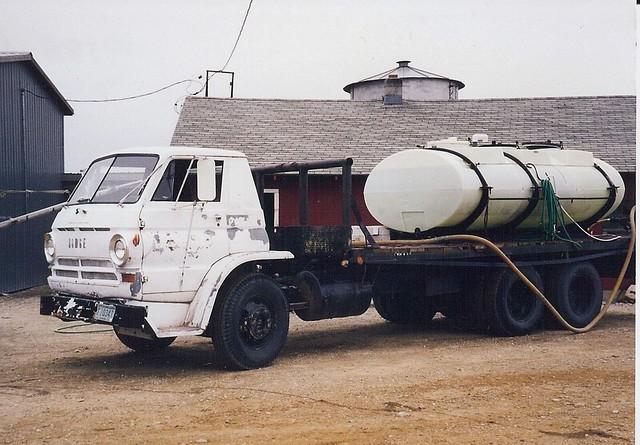 Dodge L-Series tilt cab