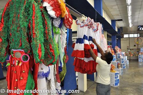 Trajes dominicanos Tipicos y de Carnaval