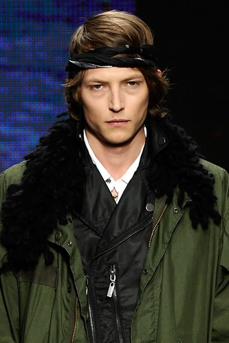 Christian Brylle3122_FW10_NY_William Rast(lizzylily@mh)