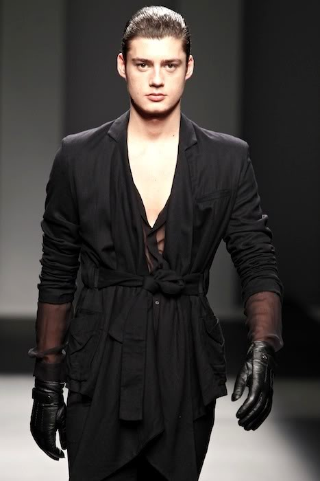 Mael Dalla-Zuanna3011_FW10_Balcelona Fashion Week Jan IU MES(lizzylily@mh)