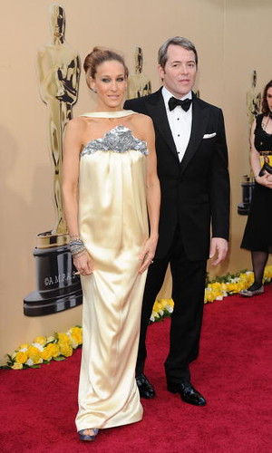 Sarah Jessica Parker and Matthew Broderick arrive at Oscar Awards 2010