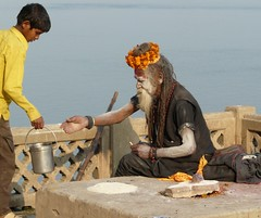Sadhu at Varanasi Ghats (Sekitar) Tags: boy india man river holy varanasi ganga sadhu yoni ganges pradesh ghats benares uttar uttarpradesh shivalingam sekitar lingham earthasia sekitar