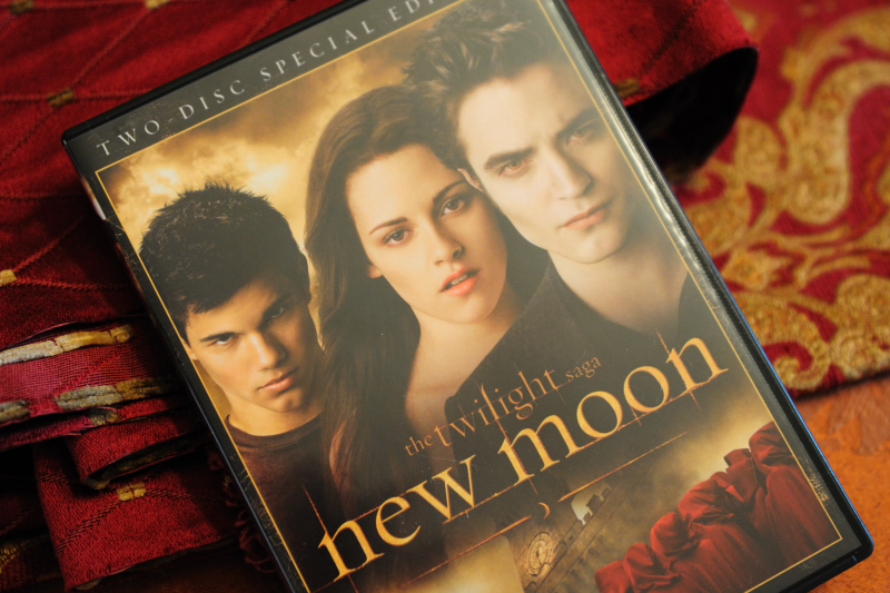 10.03.21 - New Moon DVD