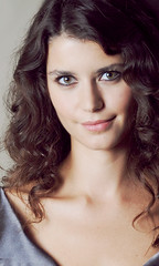 Turkish actress!!!!!!!!!! (medea esra) Tags: portrait people woman sexy girl smile face turkey star photo eyes photos famous trkiye lips actress saat turkish beatiful beren