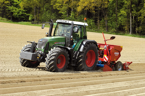 FENDT 800 Vario, modele 818, 820 Vario - ciągniki rolnicze, traktory FENDT - Korbanek