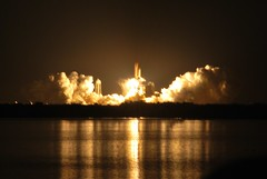 100 mph!!! (spacesurfer98) Tags: nasa launch spaceshuttle saturnvbuilding nightlaunch bananacreek sts131