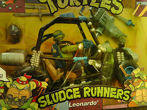 SLTeenage Mutant Ninja Turtles 'SLUDGE RUNNERS' :: LEONARDO ..B (( 2010 ))