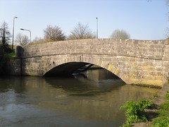 Bridge over the River Itchen (crwilliams) Tags: hampshire southampton date:month=april date:day=17 date:wday=saturday date:hour=16 date:year=2010