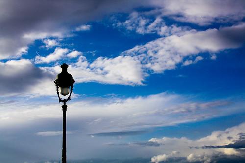 Eclairer les nuages