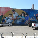 "Mural in Hispanic District<a href=""//farm5.static.flickr.com/4066/4544282638_eef2192bfa_o.jpg"" title=""High res"">&prop;</a>"