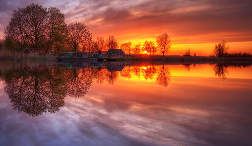 Reflection Of A Sunset ::HDR
