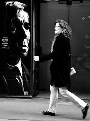 Aphorism (Maurizio Costanzo - mavik2007) Tags: street people calle women strada gente donne rue mujeres aphorism pople blackwhitephotos aforisma borispasternak nikond90 nikonflickraward