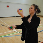 "juggle10 <a style=""margin-left:10px; font-size:0.8em;"" href=""http://www.flickr.com/photos/44105515@N05/4554906544/"" target=""_blank"">@flickr</a>"