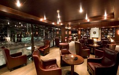 Cigar Lounge (Alpenhof Hotel Zermatt) Tags: whisky cigars zermatt wallis platinum valais rauchen zigarren kaminfeuer zino cigarlounge