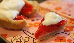 small strawberry pie (Rakka) Tags: pie baking strawberrypie smallpie 37confections teenystrawberrypie